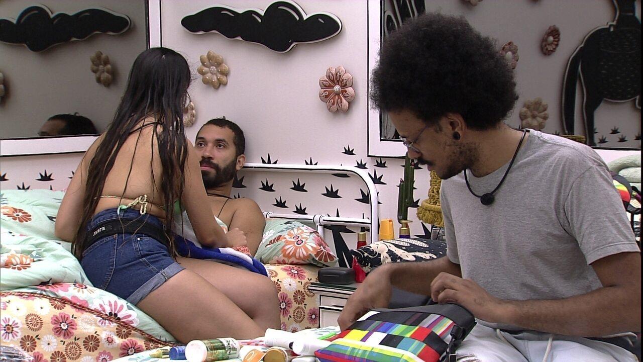 Juliette fala para Gilberto que conversou com sister: 'Estou lhe avisando'