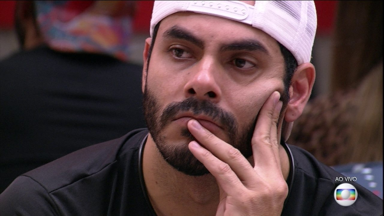 Líder Gilberto indica Rodolffo ao oitavo Paredão do BB21