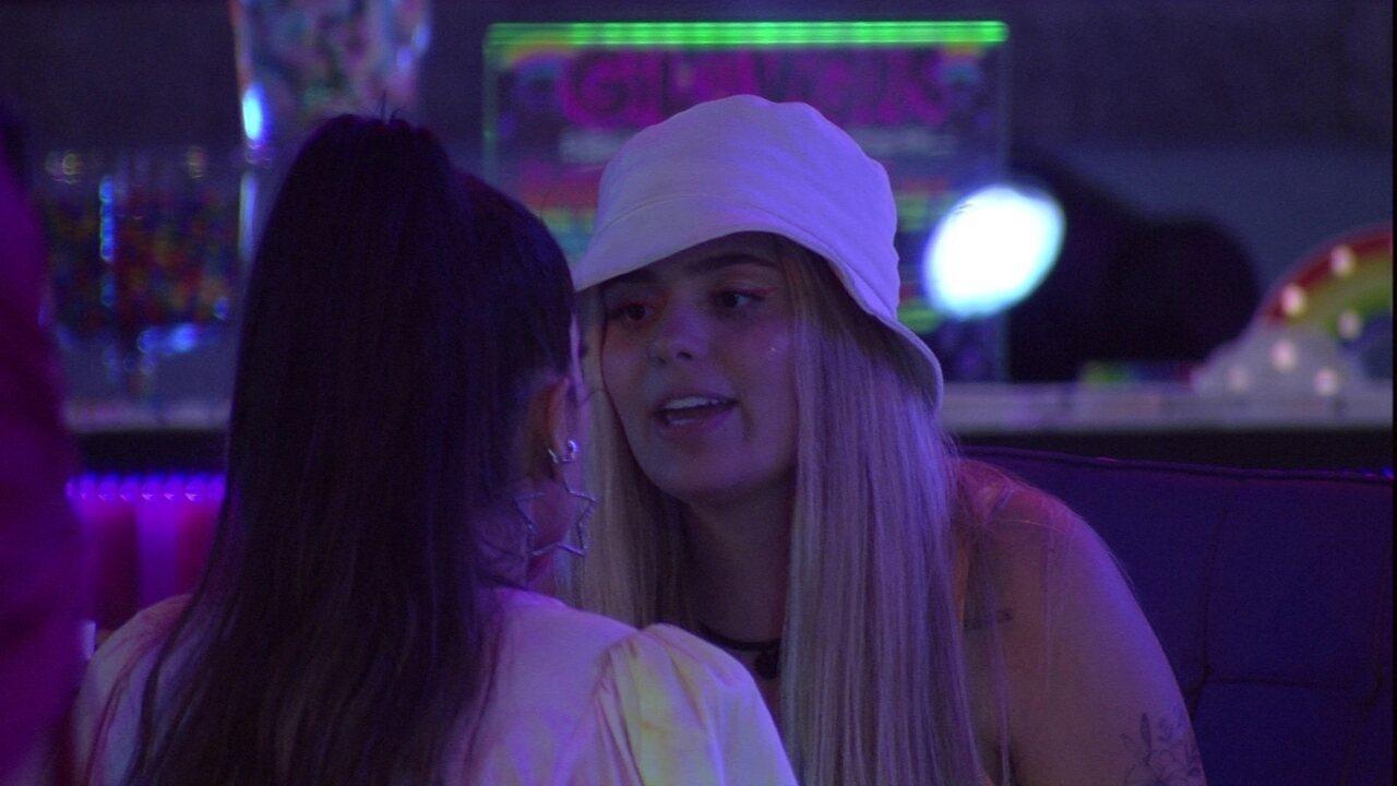 Viih Tube conversa com Juliette e reclama da relação das duas no BBB21: 'Estou cansada'