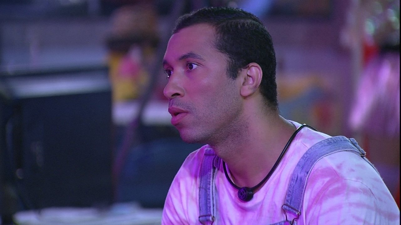 Gilberto diz que não votaria em Viih Tube no BBB21: 'Não consigo'