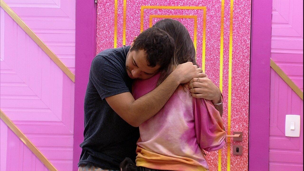 Após Presente do Anjo João Luiz, Juliette desabafa: 'Queria tanto ver a minha família'