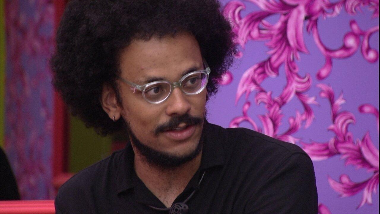 João Luiz explica sua justificativa para sister sobre escolha de 'Não Ganha' em Pocah