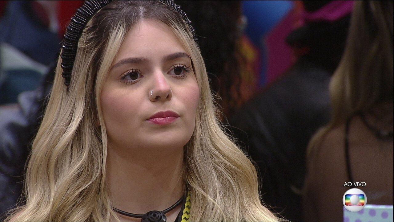 Líder Viih Tube indica Fiuk e Gilberto ao 12º Paredão do BBB21