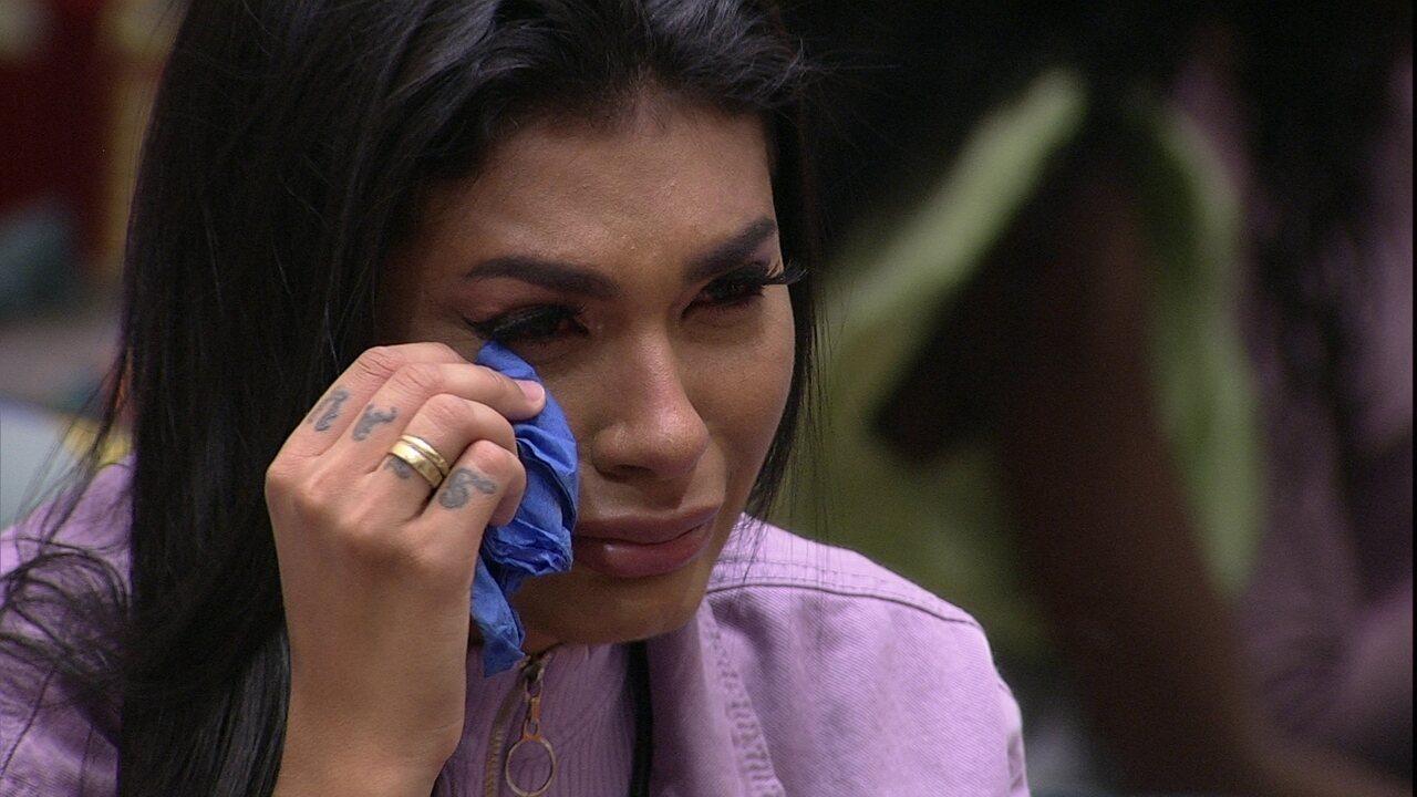 Pocah chora e desabafa com Arthur: 'Eu não sou um monstro'