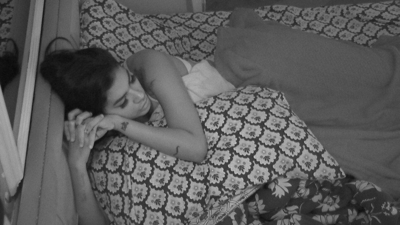 BBB21:Pocah questiona sobre Juliette: 'Não sei se ela tocou de propósito para me machucar'