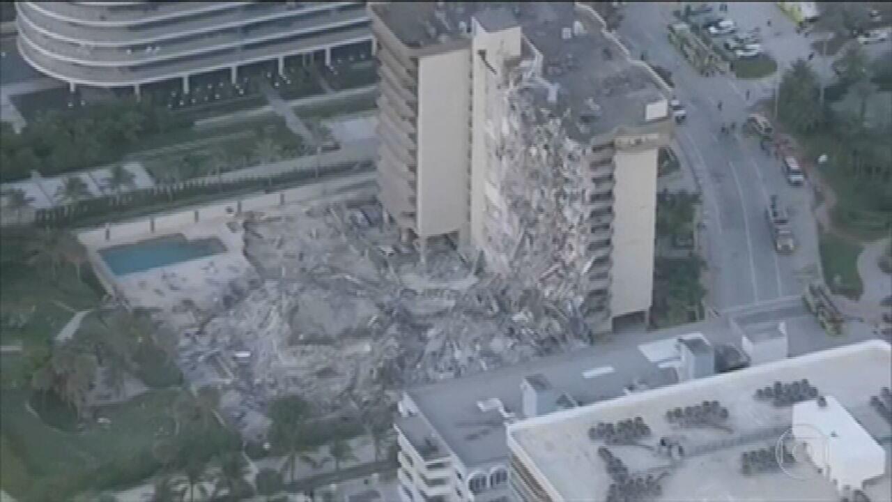 Parte de prédio desaba em Miami e bombeiros buscam sobreviventes